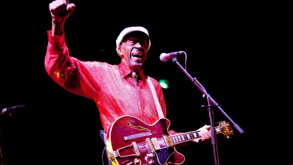 Chuck Berry, Founding Father of Rock 'n' Roll, Dies at 90